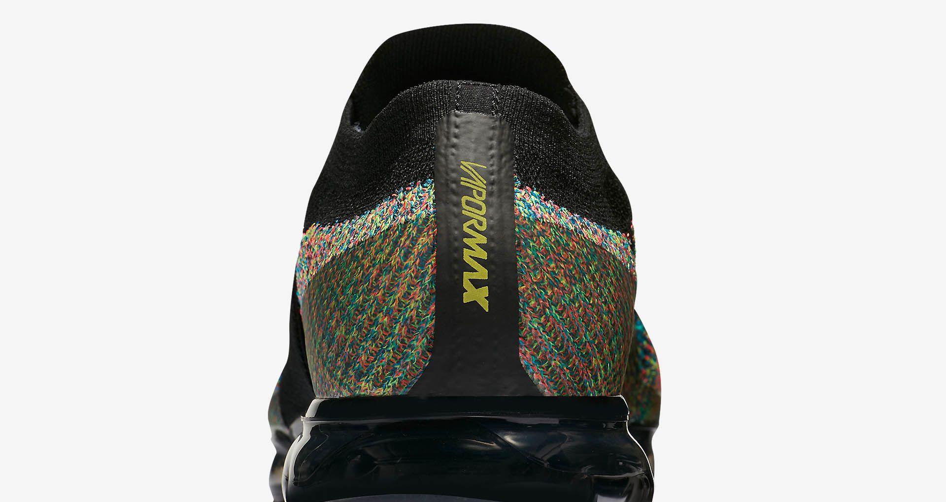 hot sale online 9903e a24d0 Cyber Monday 2017  Nike Air Vapormax Moc Multicolor Release Date