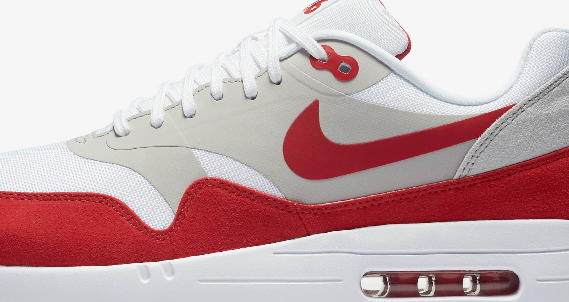 c96170c20dd10 Nike Air Max 1 Ultra 2.0 LE  White   University Red . Nike+ SNKRS