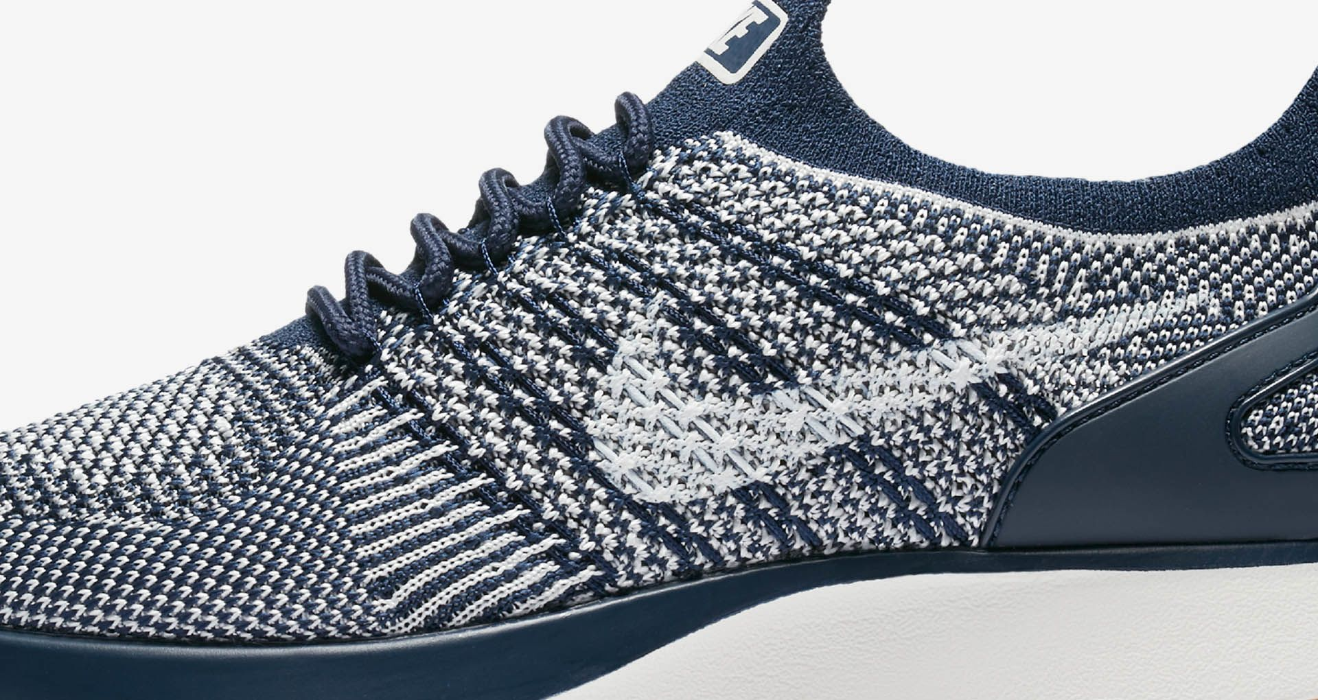 6243b0fec3a0 Nike Women s Air Zoom Mariah Flyknit Racer Premium  College Navy   Gum  Medium ...