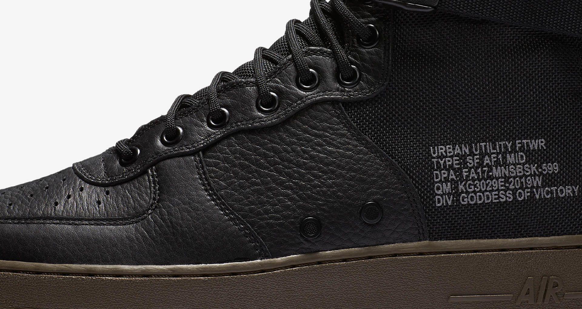 Nike SF AF 1 Mid 'Black & Dark Hazel'. Nike SNEAKRS SE