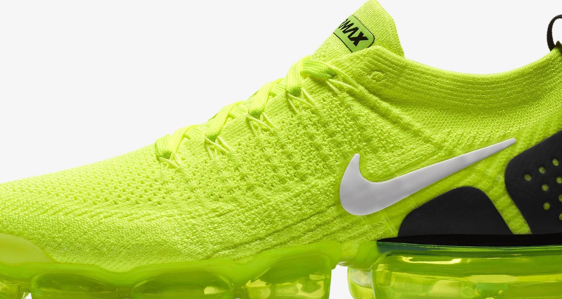 cheap for discount a6f73 3d5d1 Nike Air Vapormax Flyknit 2 'Volt & White & Black' Release ...