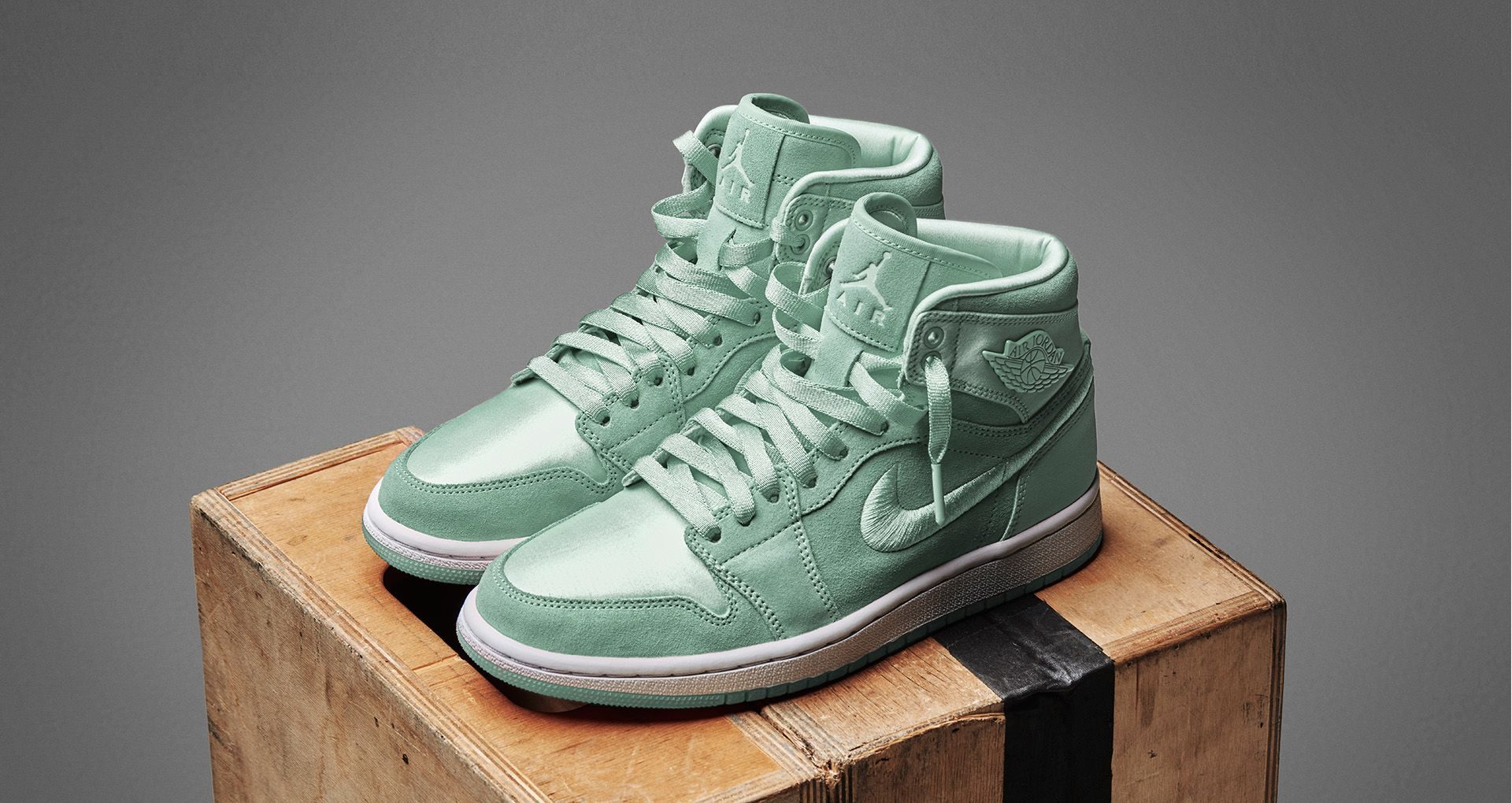 6fde8c78e686 Women s Air Jordan 1 Retro High  Mint Foam  Release Date. Nike⁠+ SNKRS
