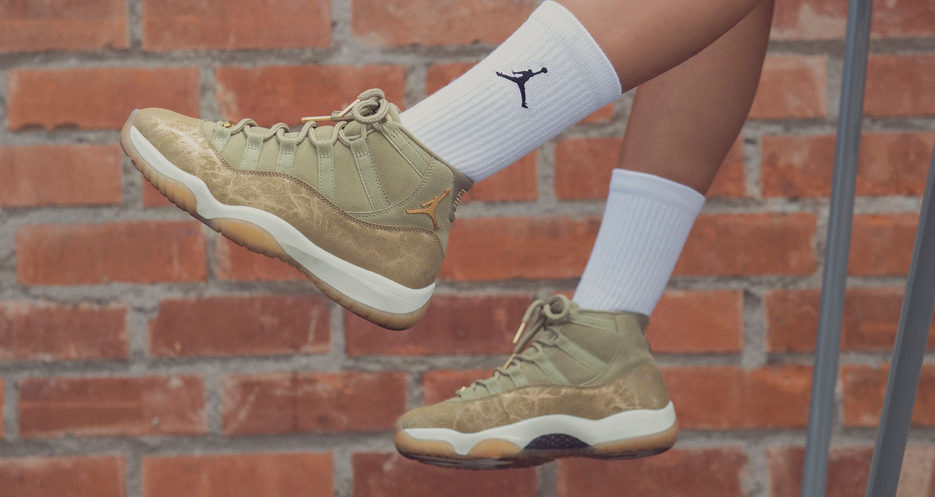 WMNS AIR JORDAN XI OLIVE LUX  220 AVAILABLE 11 23 AT 10 00 AM EST Following  the tradition of specialized holiday AJXIs for women. 8c0913463