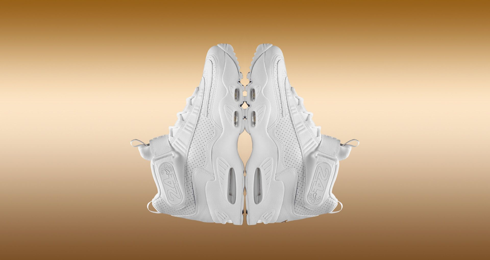 Nike Air Griffey Max 1 'Inductkid Triple White' Release Date