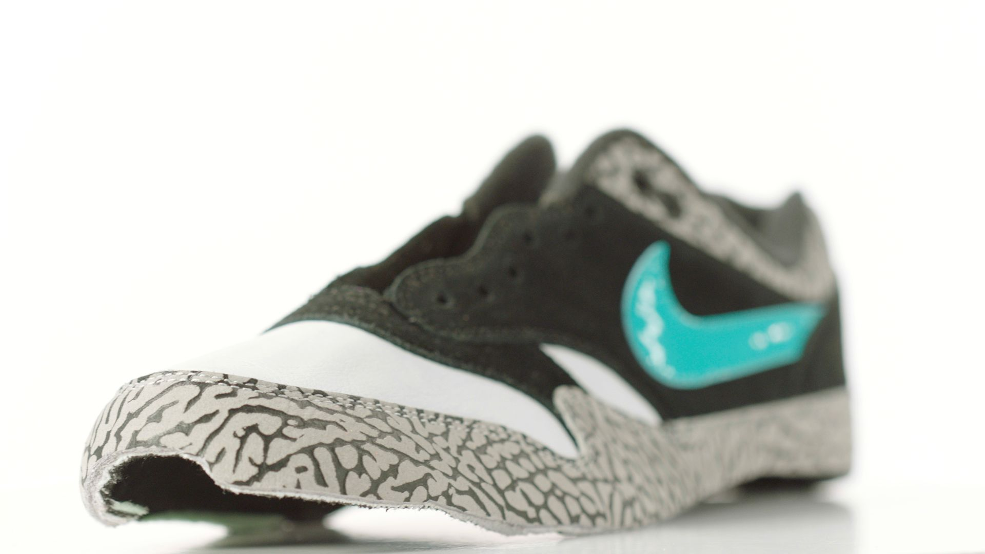 Behind the Design: Nike Air Max 1 Retro 'Atmos'. Nike SNKRS