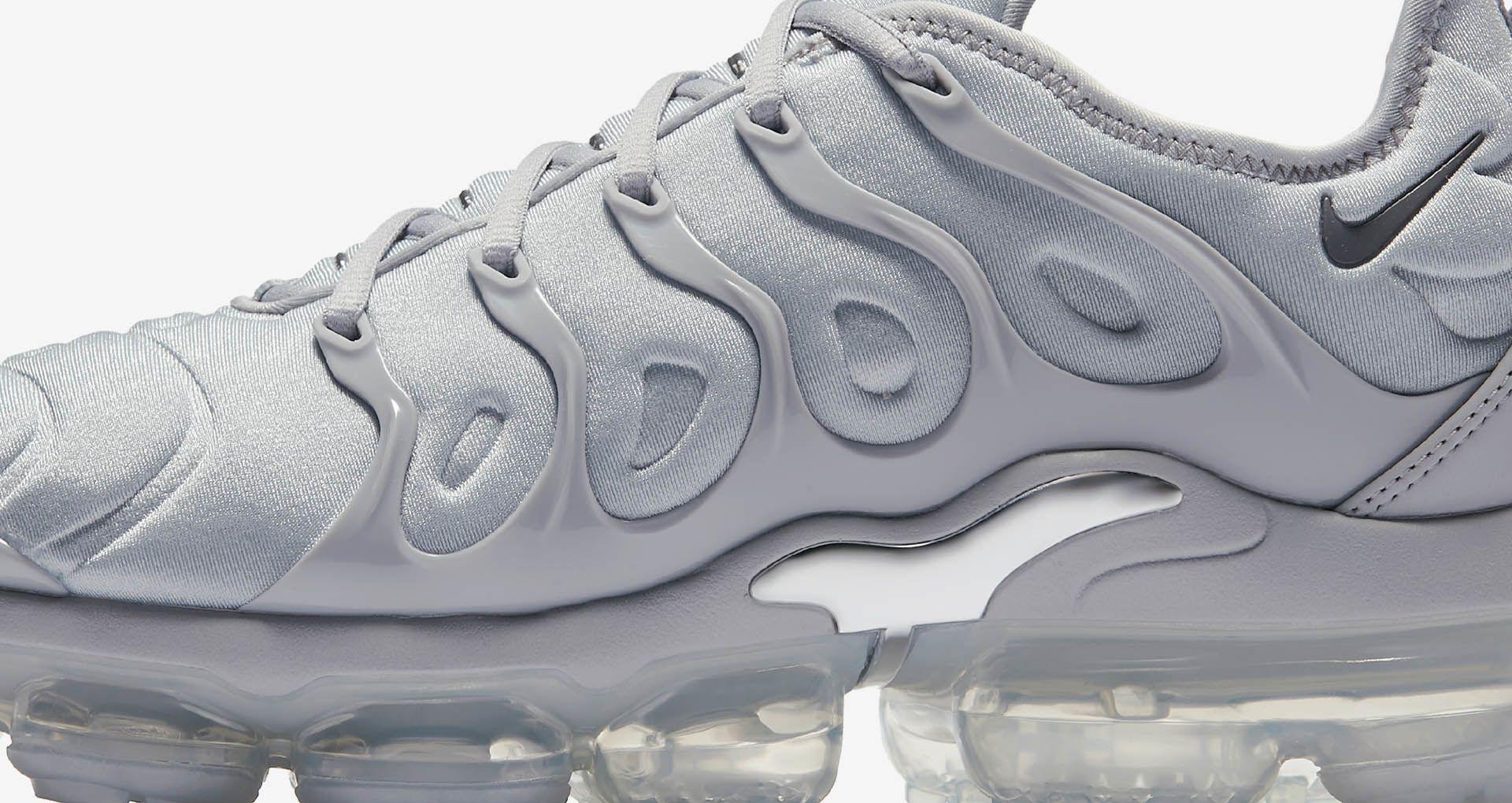 92753e417ee2 Nike Air Vapormax Plus  Cool Grey   Metallic Silver  Release Date ...