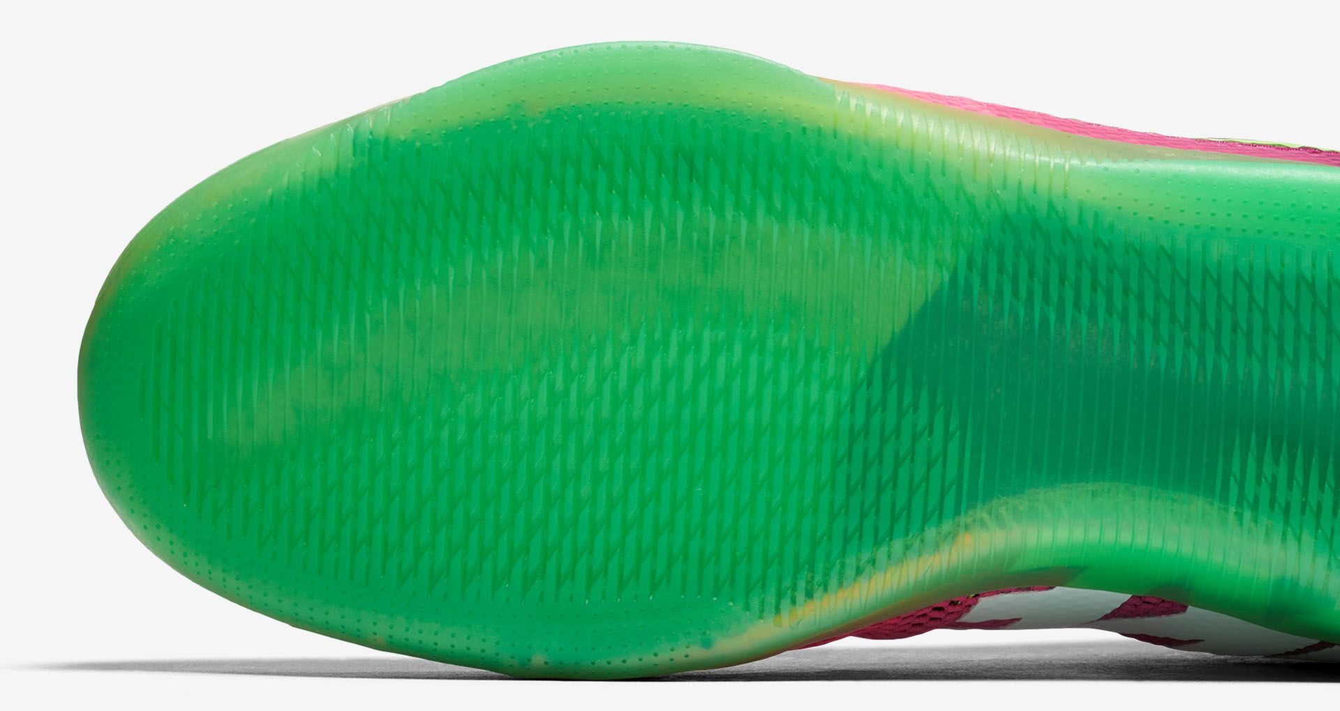 dd84564e6c27 Nike Kobe 11 Mambacurial  Pink Flash   Action Green  Release Date ...