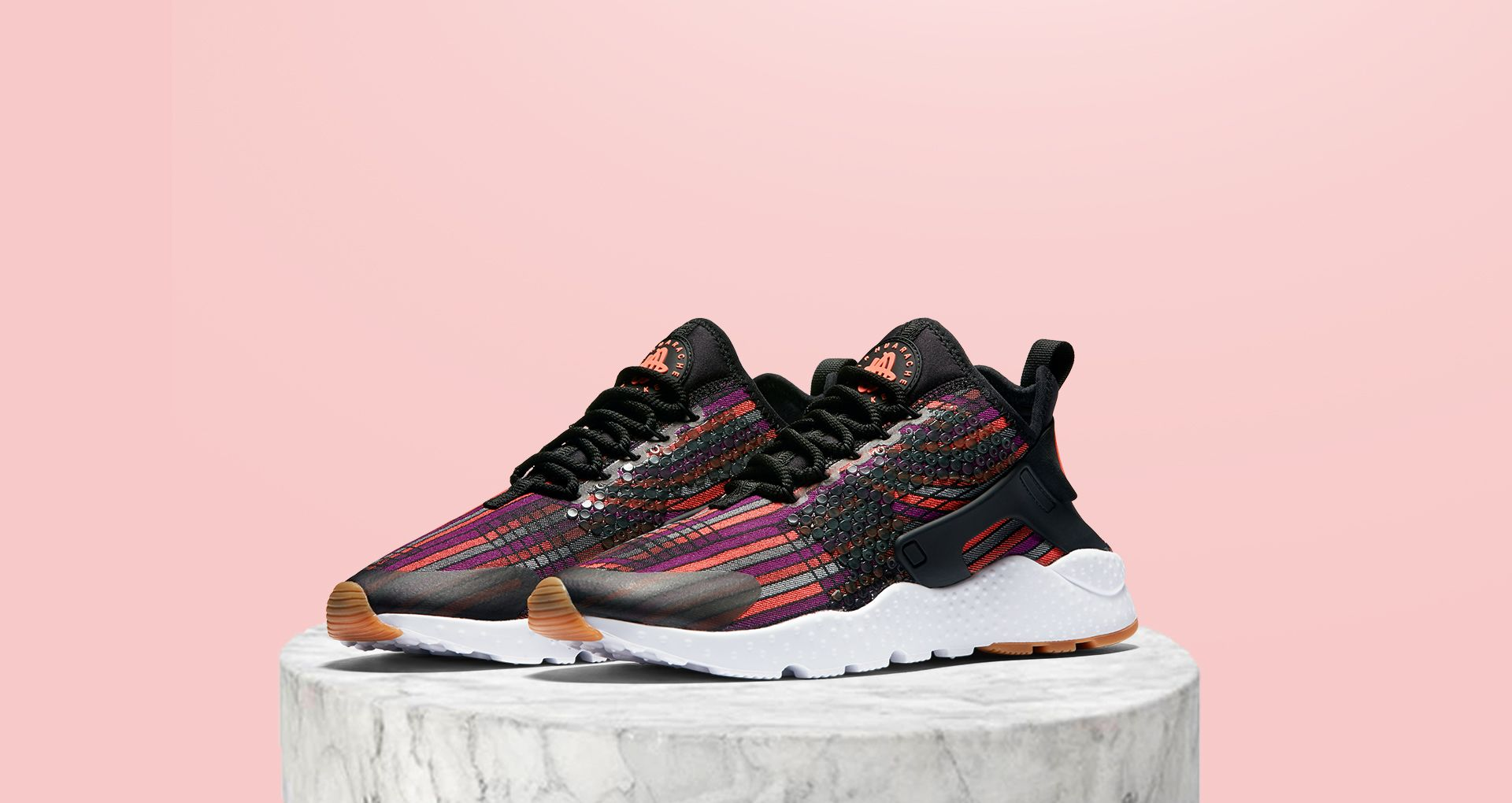 on sale 7c4f5 18341 WMNS AIR HUARACHE ULTRA JACQUARD