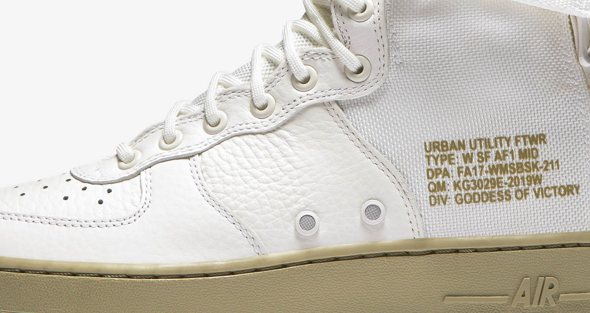 low priced 12f8f 38350 Women's Nike SF AF1 Mid 'Ivory'. Nike+ Launch GB