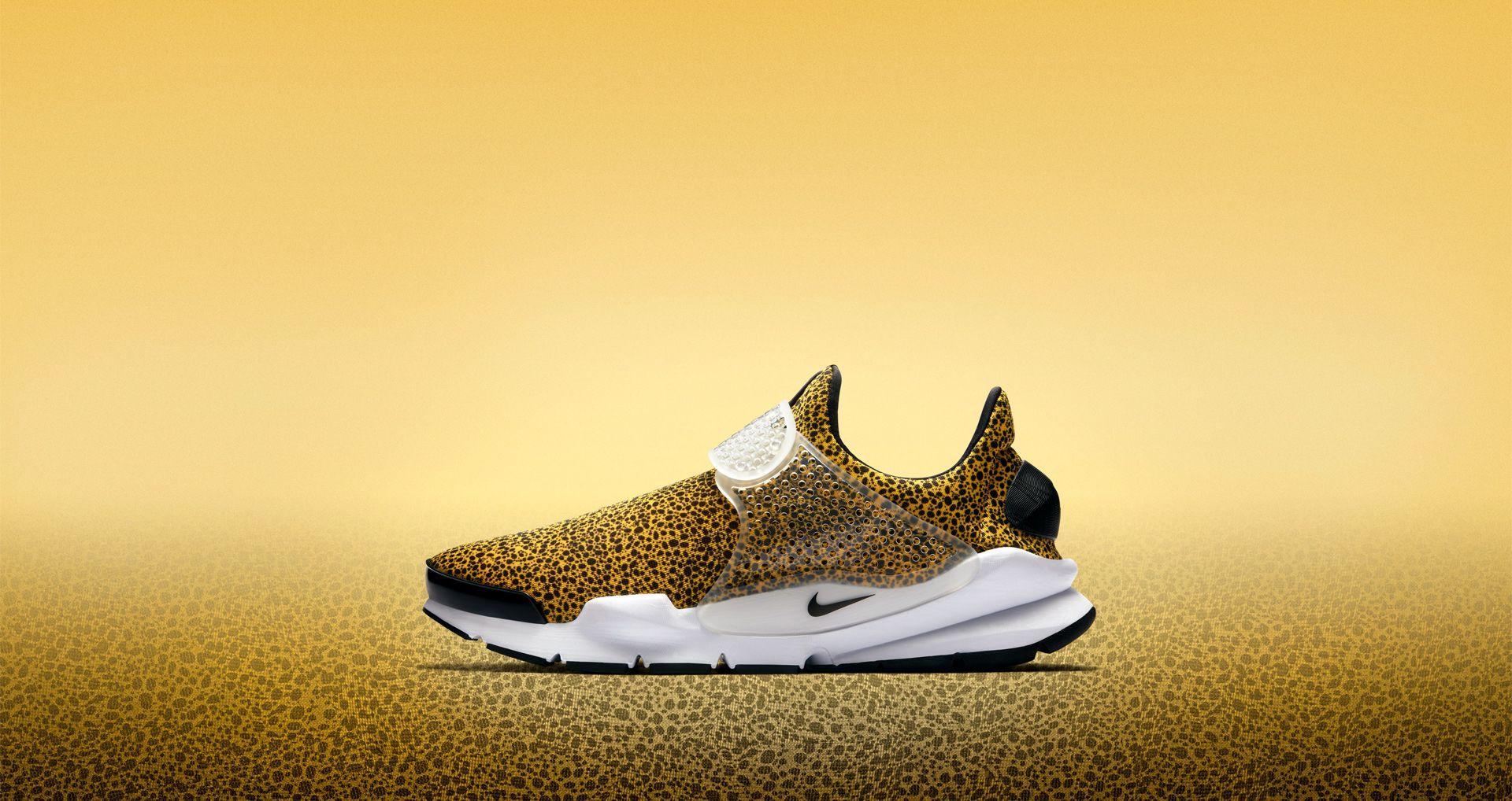 online store dcad5 7d1b8 Nike Air Sock Dart 'University Gold' Safari 2017. Nike+ SNKRS