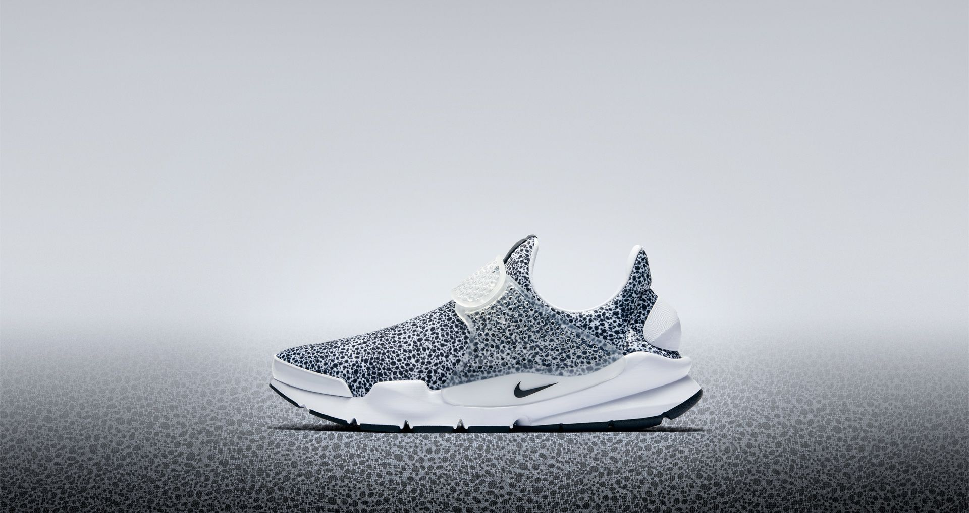 best website 211e5 f1ba9 Nike Sock Dart 'White & Black' Safari 2017. Nike⁠+ SNKRS