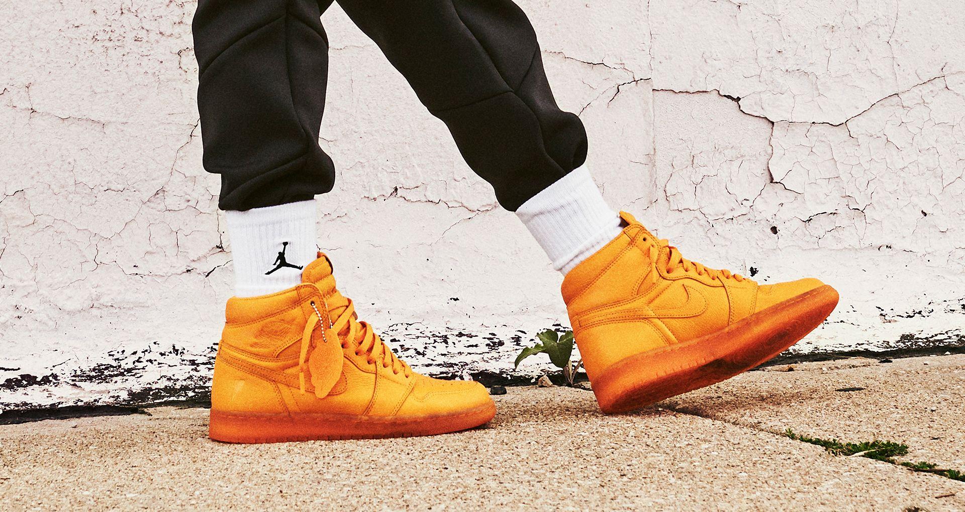 detailed look 5b6cb 330cc Behind The Design: Air Jordan 1 Gatorade 'Orange'. Nike+ ...