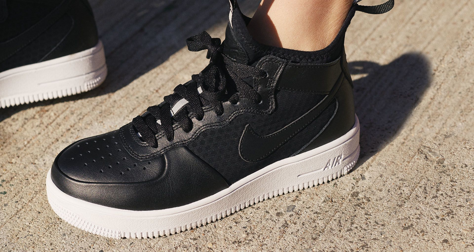 d84292e7d Women's Nike Air Force 1 Ultraforce Mid 'Black & White'. Nike⁠+ SNKRS