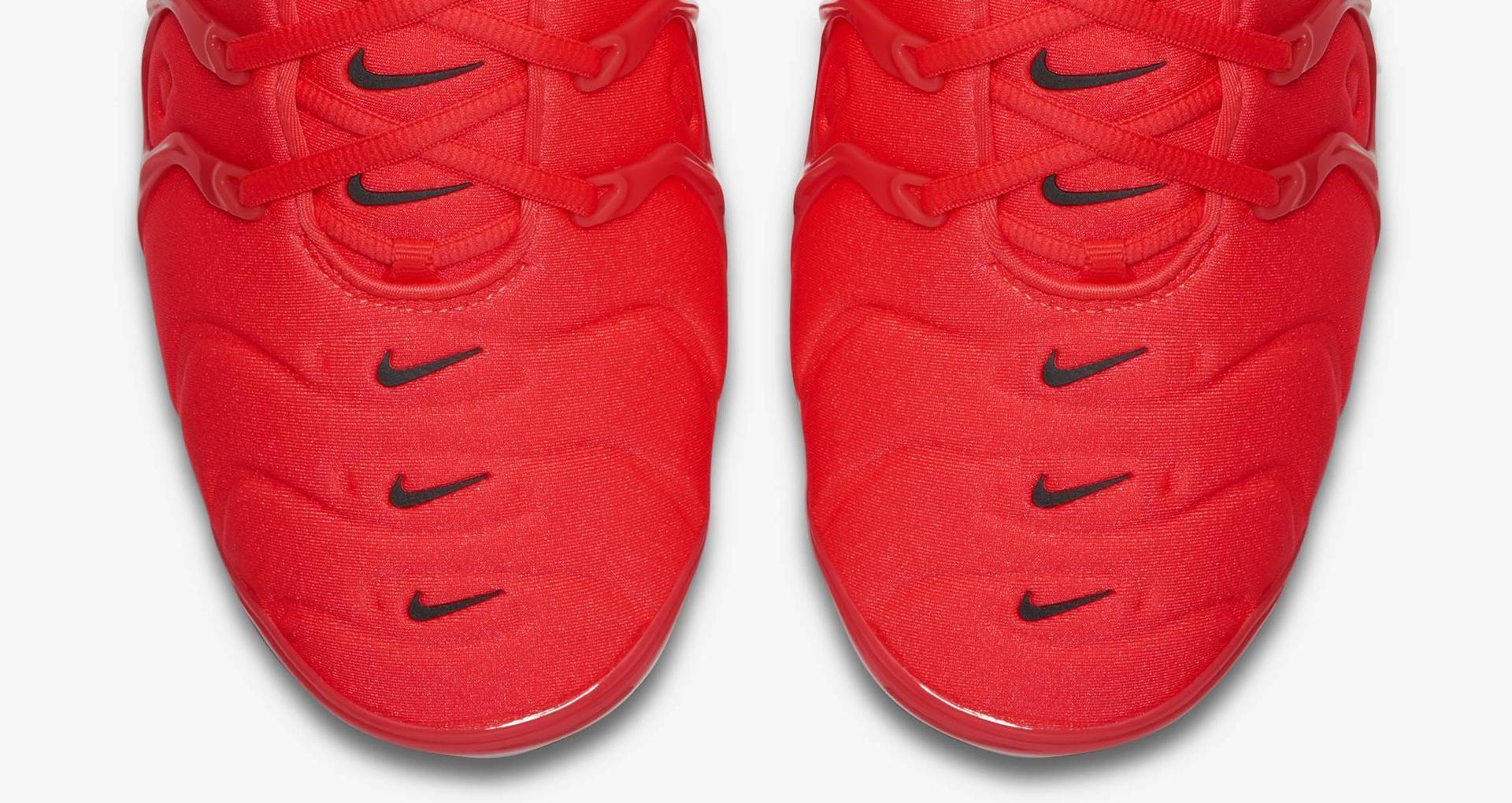 wholesale dealer bc8b2 31226 Nike Air Vapormax Plus 'Bright Crimson & White & Black ...