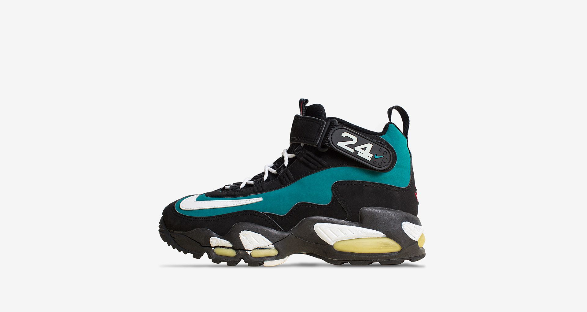 cheaper be335 8ca5d Nike Lebron 15 'Griffey' Release Date. Nike⁠+ SNKRS