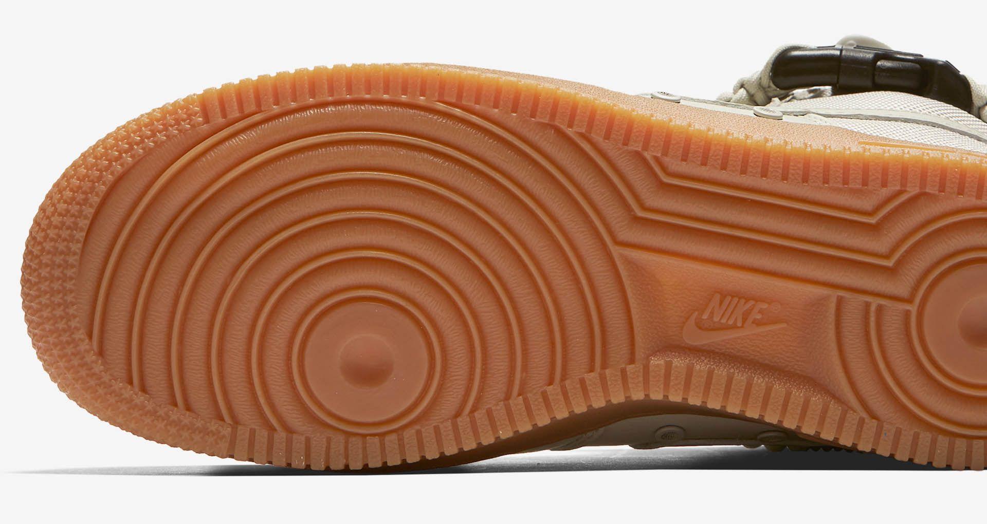 Nike Women Sf Air Force 1 (grey light bone gum med brown)