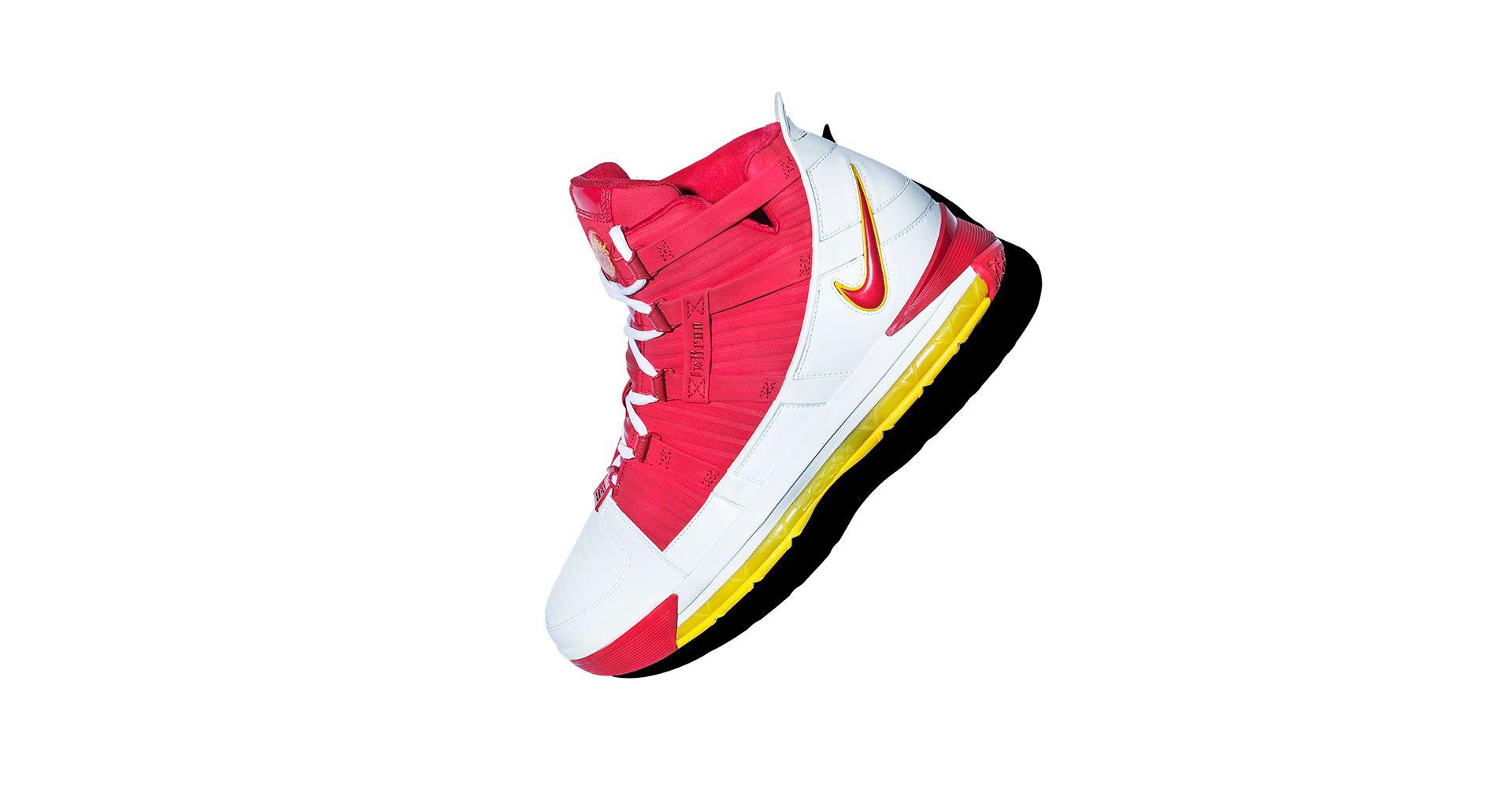 4bb04797df29 Inside The Vault  Nike LeBron III. Nike+ SNKRS