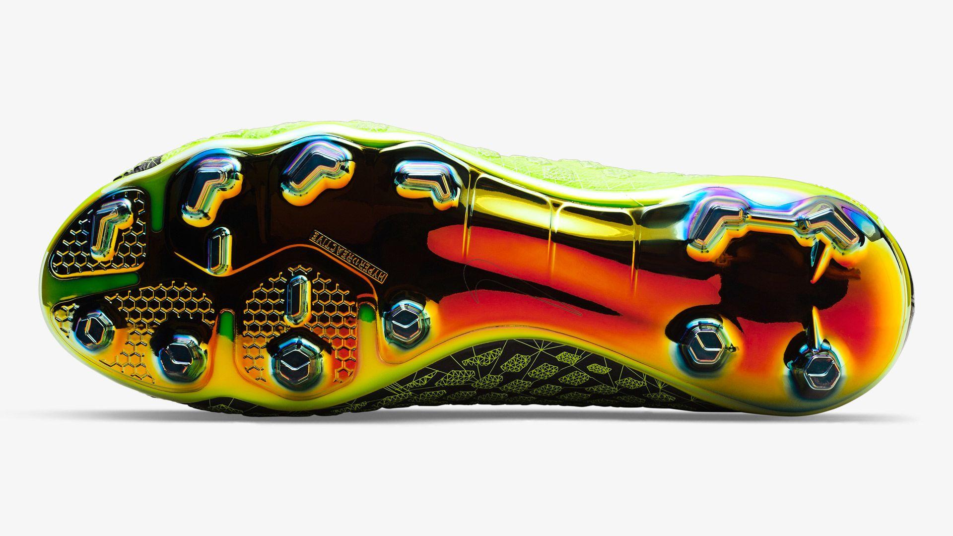 official photos 3b2bb aca42 Nike Hypervenom Phantom III DF FG 'EA SPORTS'. Nike.com DK