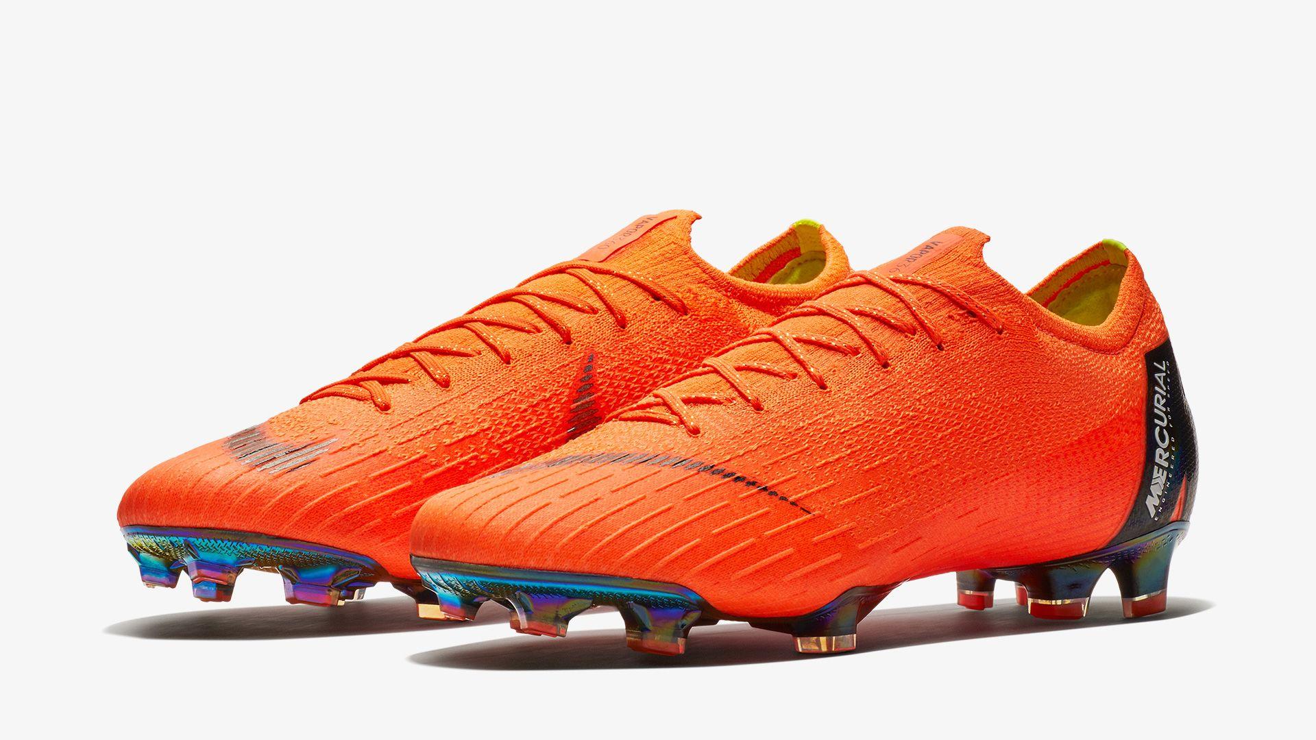 17d76c709ee Born Mercurial Eden Hazard. Nike.com IE