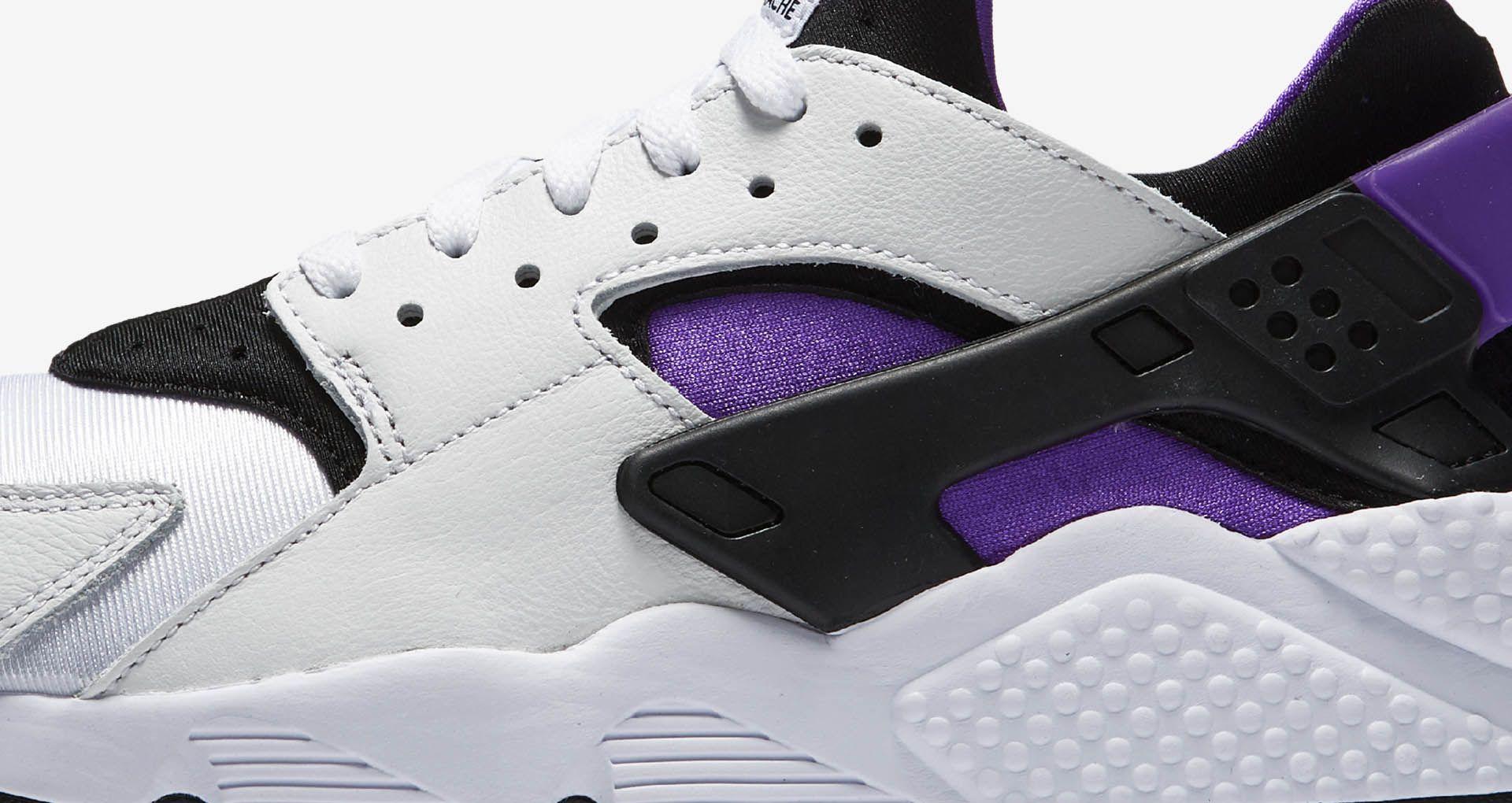 buy online 0de90 ff7a8 Nike Air Huarache Run '91 'White & Purple Punch' Release ...