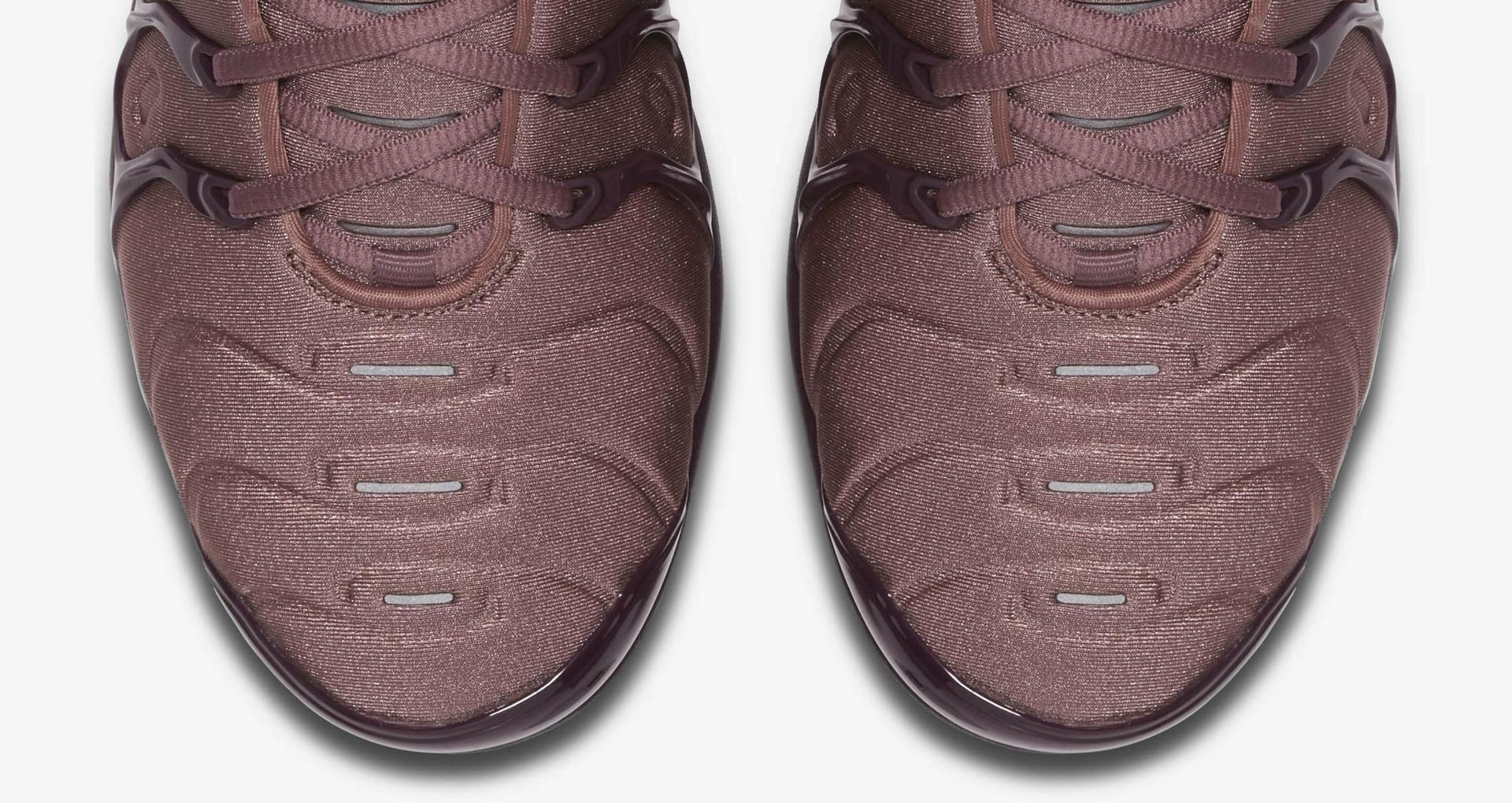 9664715d1f6 Women s Air Vapormax Plus  Smokey Mauve   Bordeaux  Release Date ...