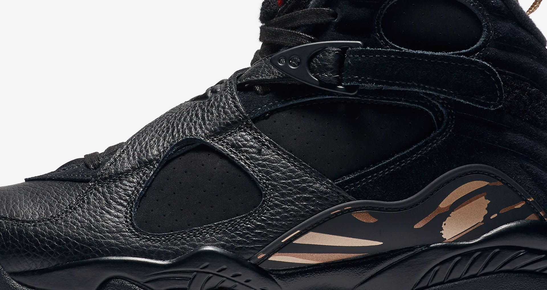 best loved 57fdd 229a8 Air Jordan 8 Retro OVO 'Black & Metallic Gold' Release ...