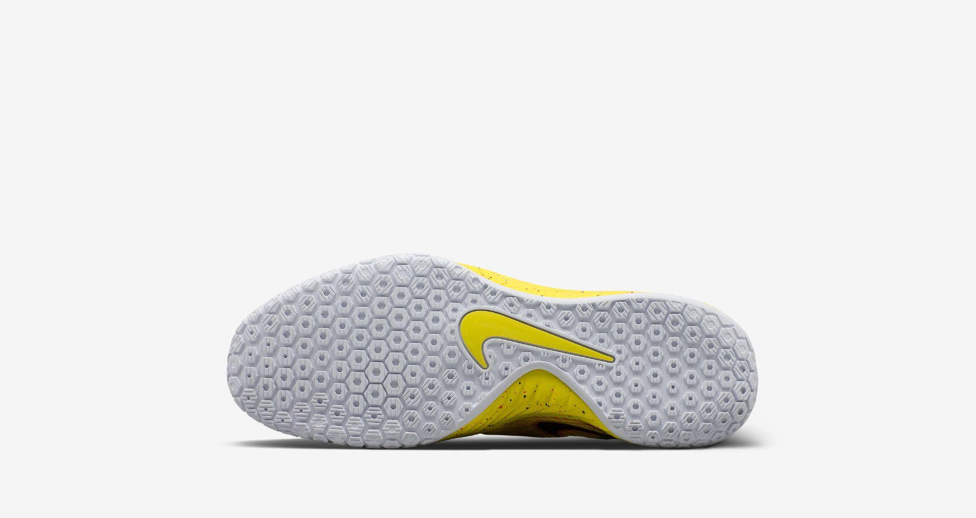 c68ea4e070f Nike Hyperlive 2  EYBL . Nike+ SNKRS