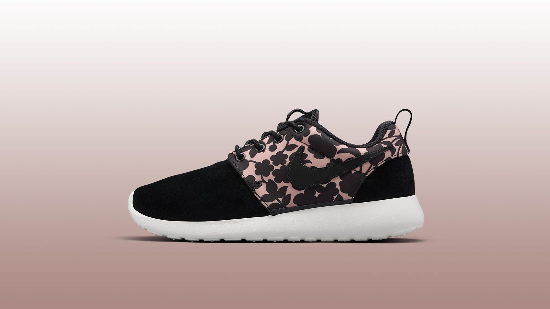 buy online 0b18c 522ef Liberty x Women's Nike Roshe One 'Cameo'. Nike+ SNKRS