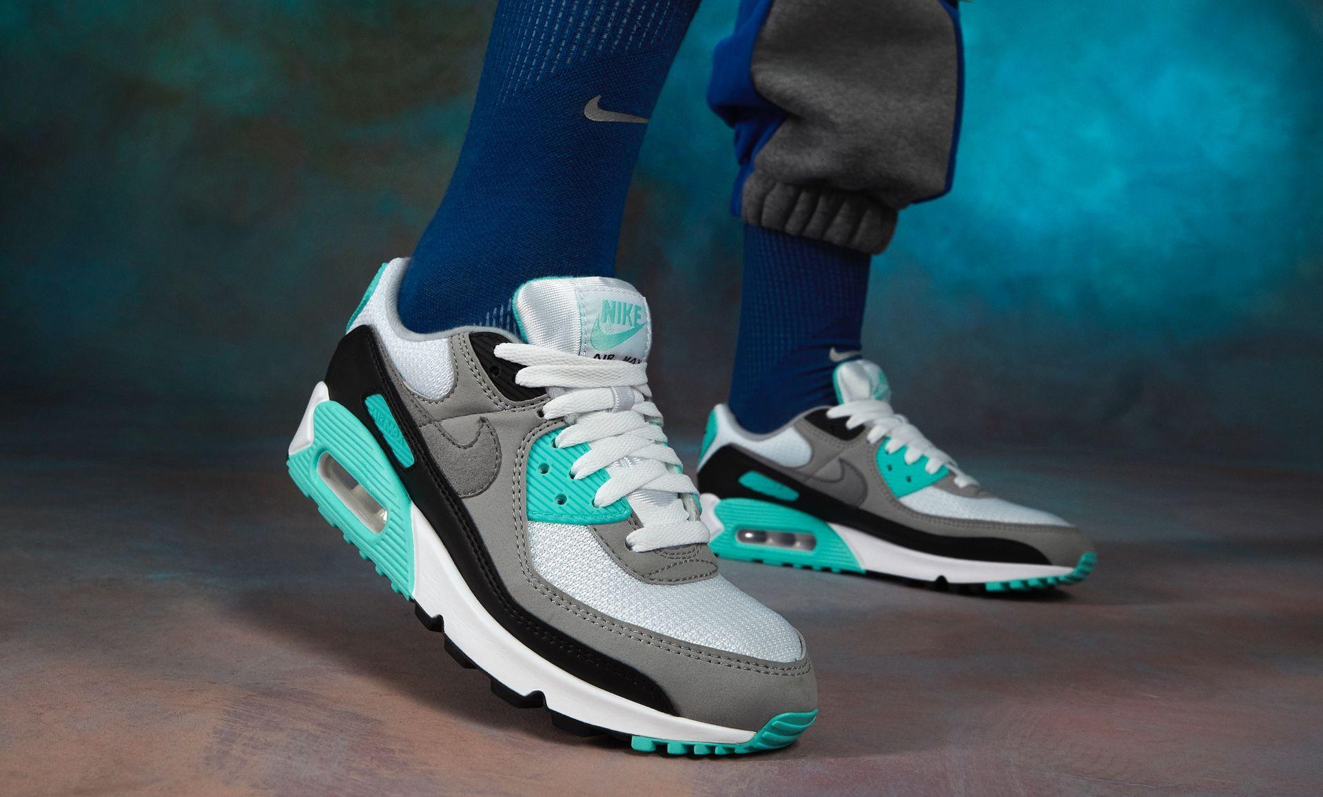 Nike Air Max 90 CD0490 104 Release Info |