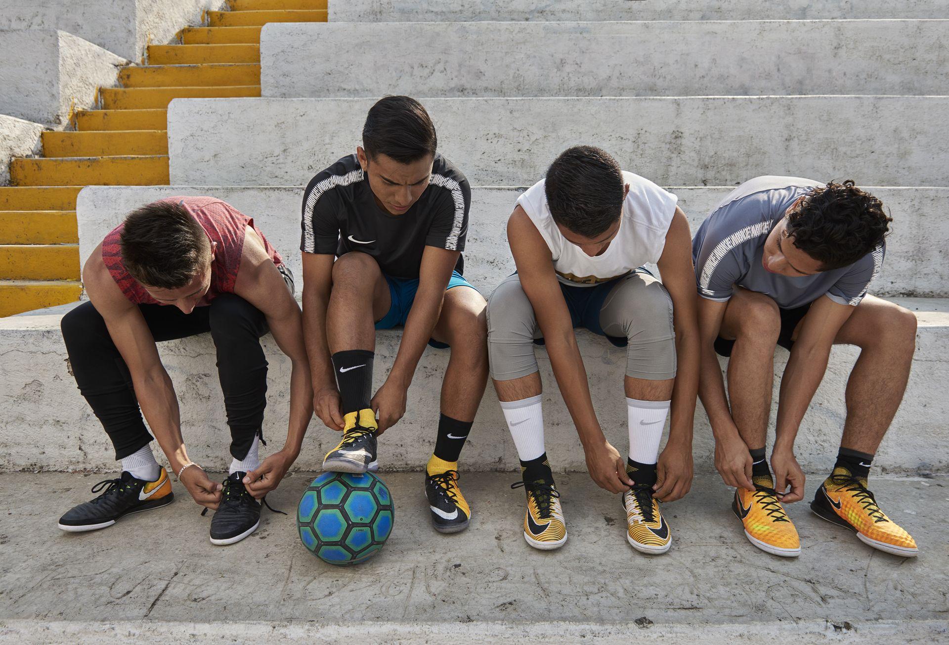 What Size Soccer Ball Do I Need Nike Help