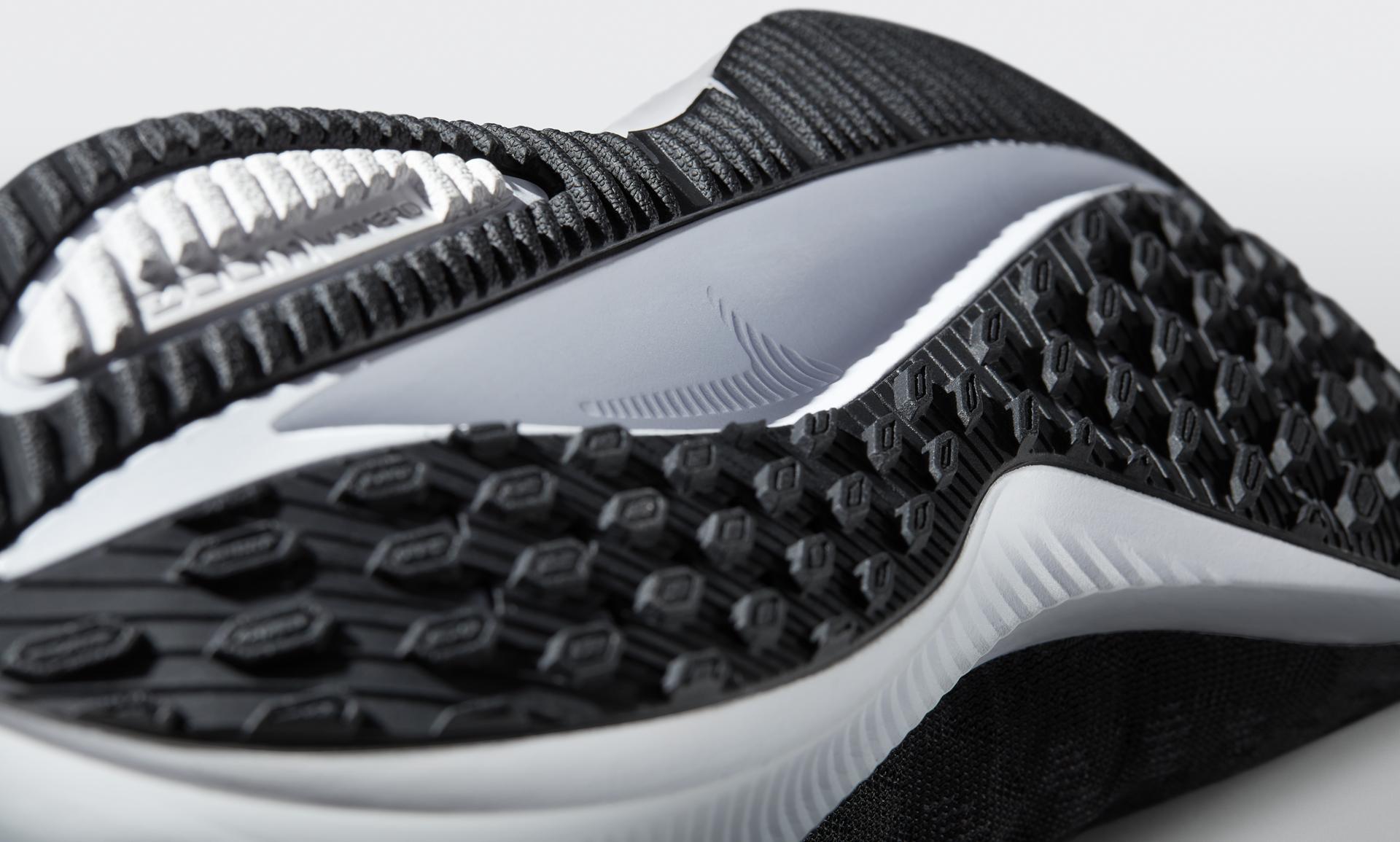 NIKE Nike Zoom Vomero + 8 Mens Style 580563 Mens SHOES