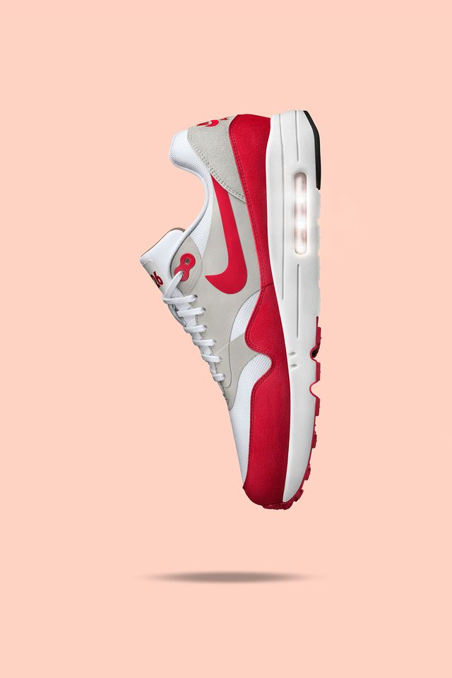 Nike Air Max 1 Ultra 2.0 LE 'White & University Red'. Nike SNKRS