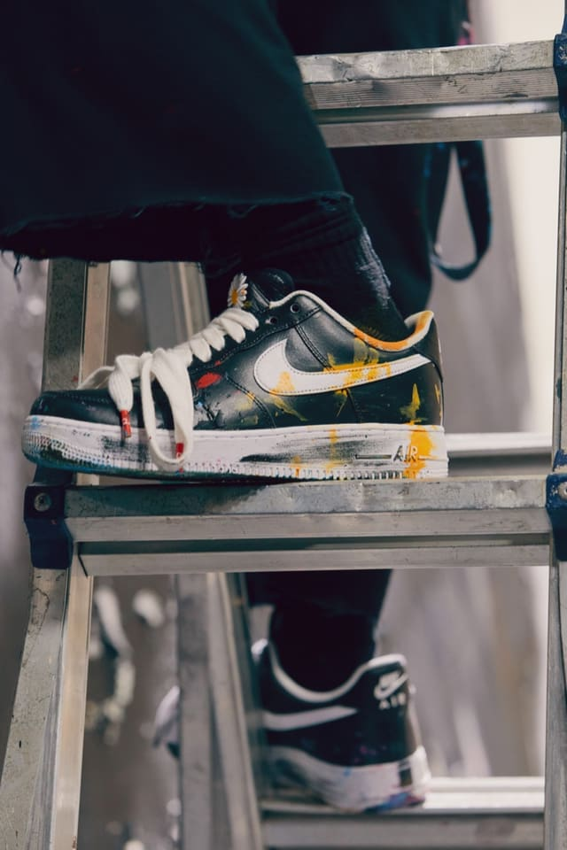 "The G dragon Peaceminusone X Nike Air Force 1 ""para noise"