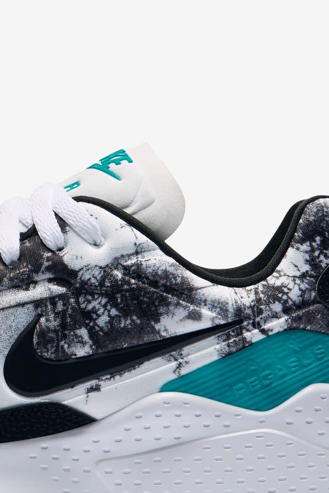 equivocado tengo hambre Gobernar  Nike Air Zoom Pegasus 92 'White & Rio Teal'. Nike SNKRS
