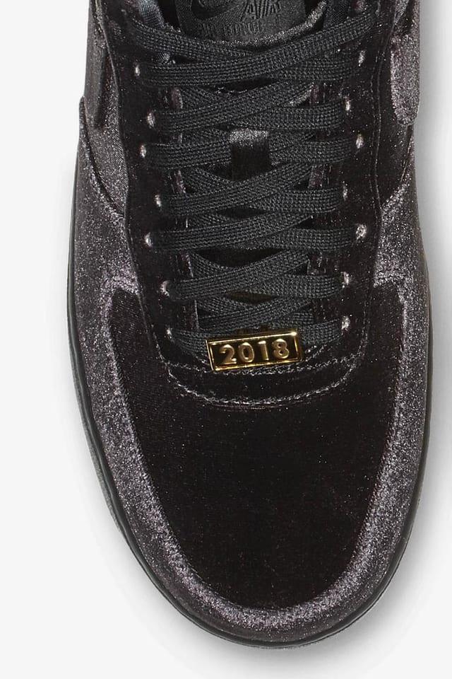 black velvet nikes