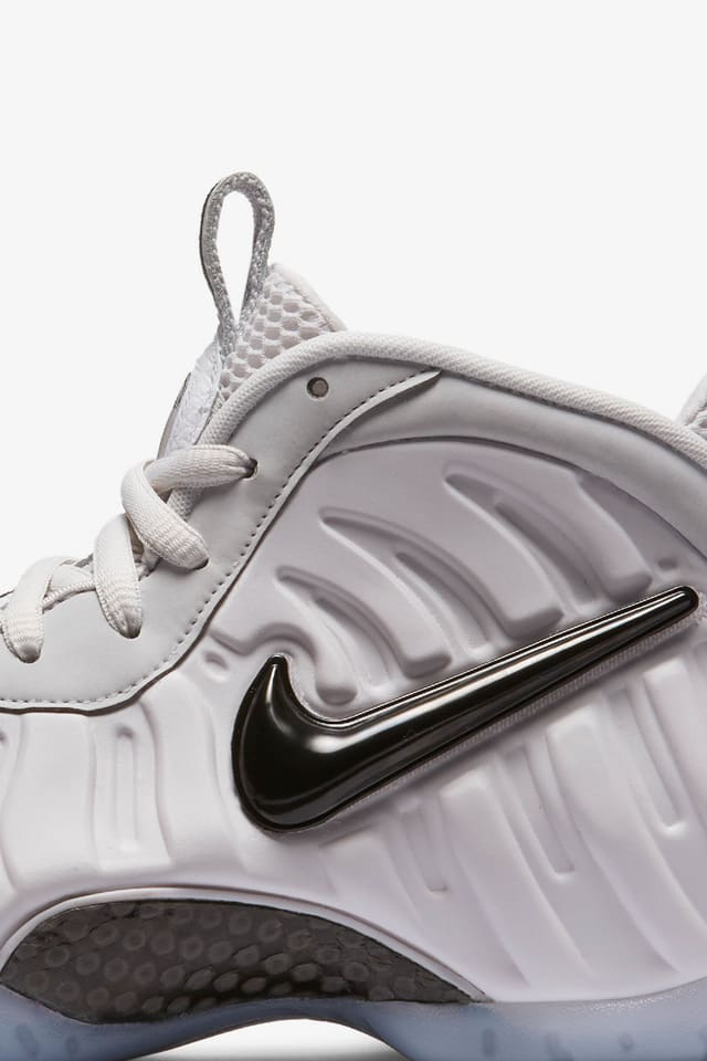 Nike Air Foamposite Pro Volt With images Nike foamposite ...