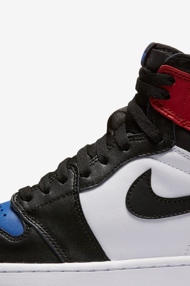Air Jordan 1 Retro 'Top 3 Pick'. Nike