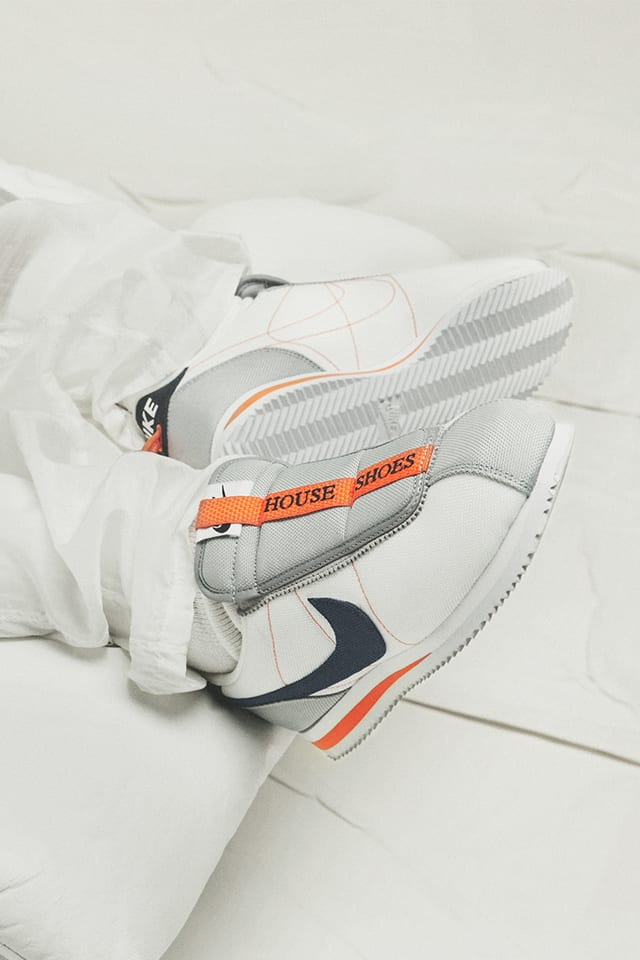Teoría establecida agudo Sada  Nike Cortez Kenny 4 House Shoes 'White and Wolf Grey and Turf Orange'  Release Date. Nike SNKRS IN