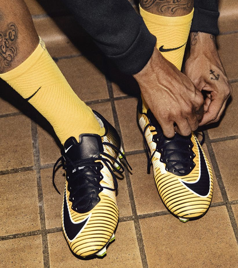 62a279b7a Leroy Sané Lets Loose with the Mercurial Superfly 5. Nike.com GB