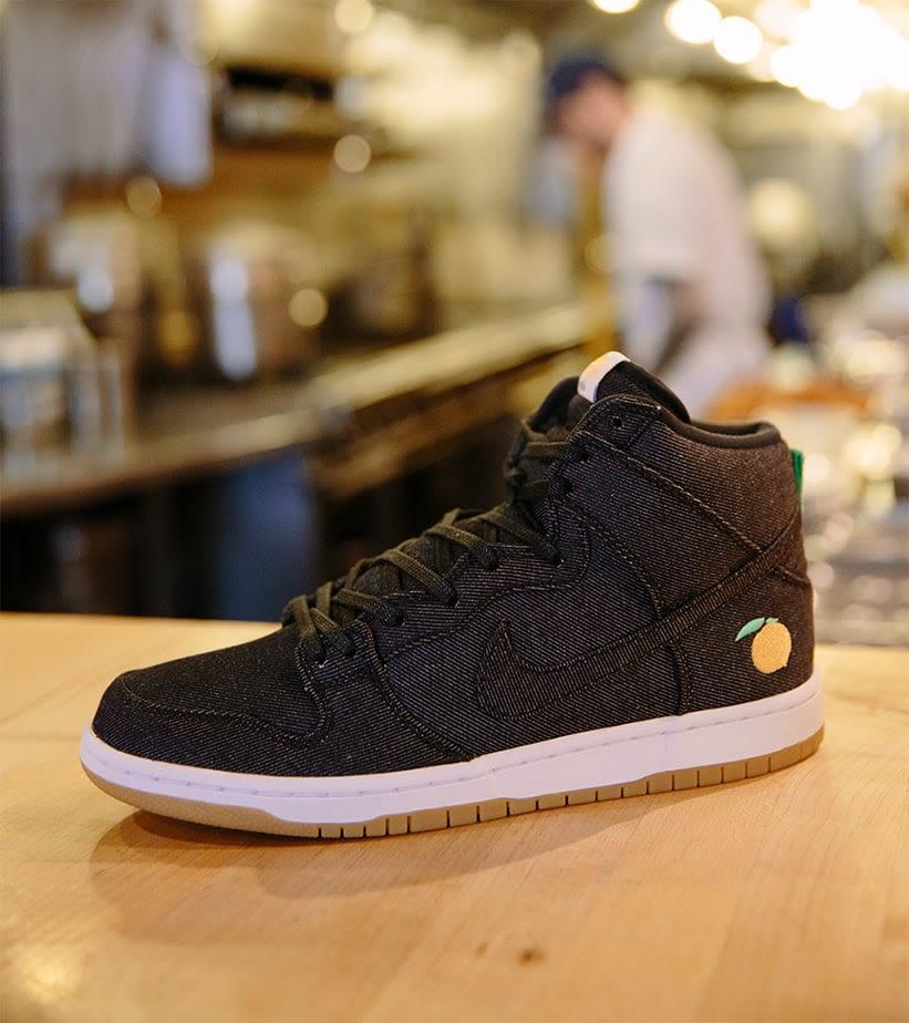 purchase cheap 97816 faf61 Behind the Design: Nike SB Dunk High Pro 'Momofuku'. Nike+ ...