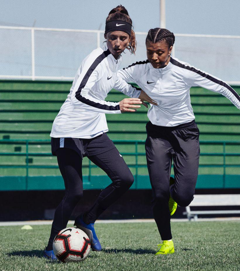ナイキ フットボール トレーニング