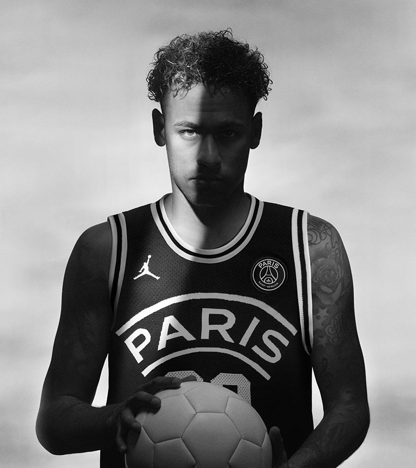 JORDAN X PARIS SAINT-GERMAIN