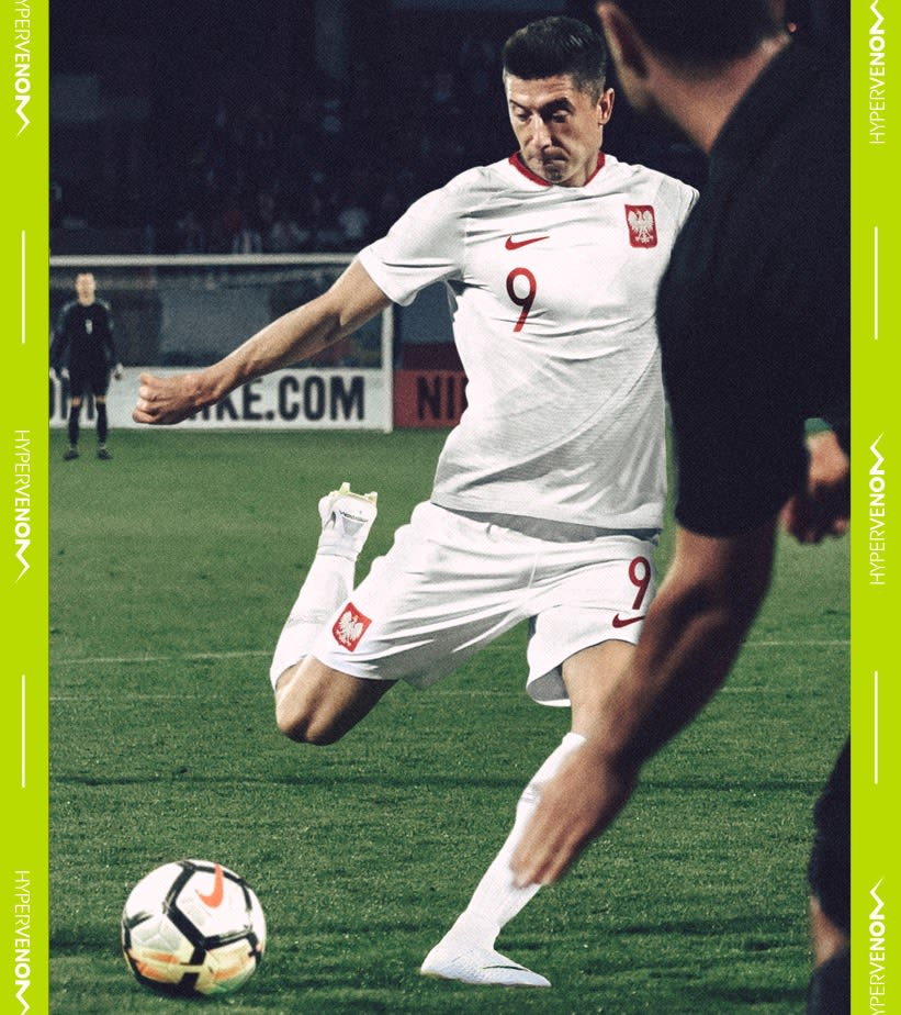 official photos a45ee 97e31 Robert Lewandowski Hypervenom Phantom III Elite DF FG. Nike ...