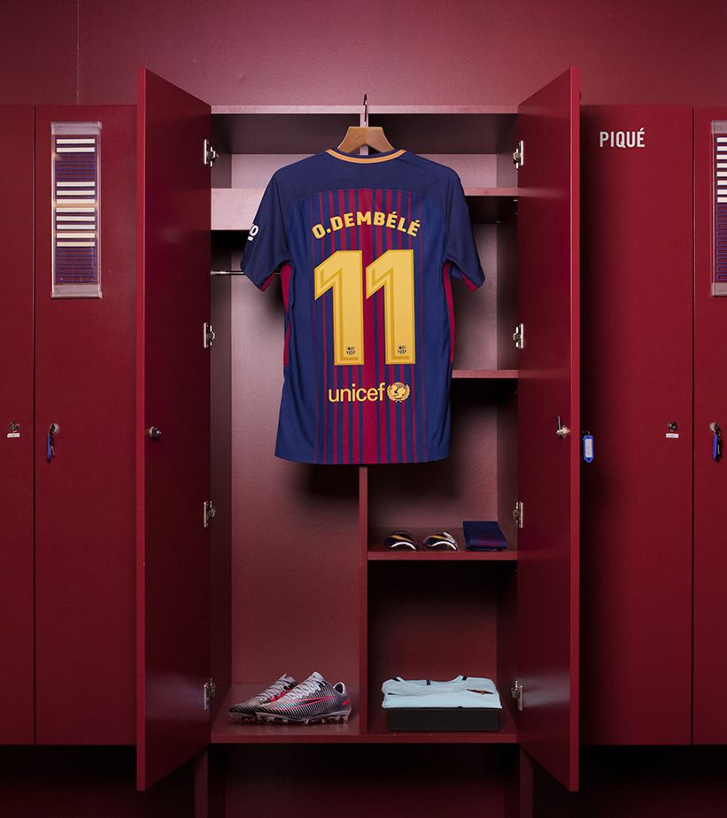 big sale cfbd0 9fcbe Dembélé's FC Barcelona Kit. Nike.com SI