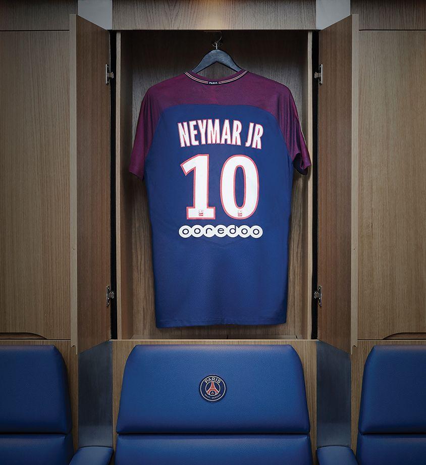 7117fa2931983 Domácí dres Nike Paris Saint-Germain 'Neymar Jr. Stadium Home'. Nike ...