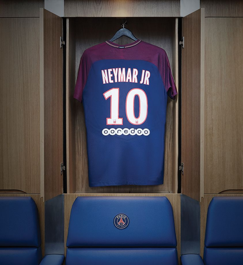 outlet store 4a55c 8885d Nike Paris Saint-Germain 'Neymar Jr Stadium Home Kit'. Nike ...