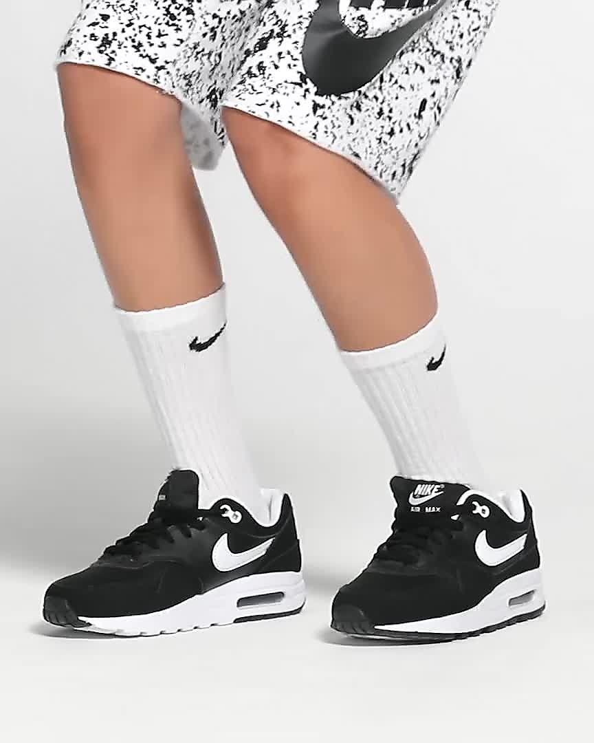 new arrival 5f1af 3c1f9 Nike Air Max 1 Big Kids  Shoe. Nike.com