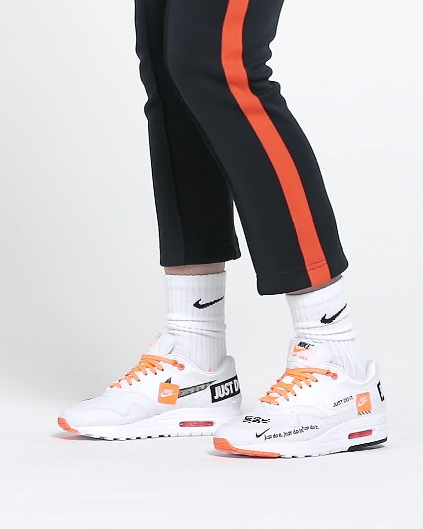 online store 4dfce b3296 Nike Air Max 1 LX
