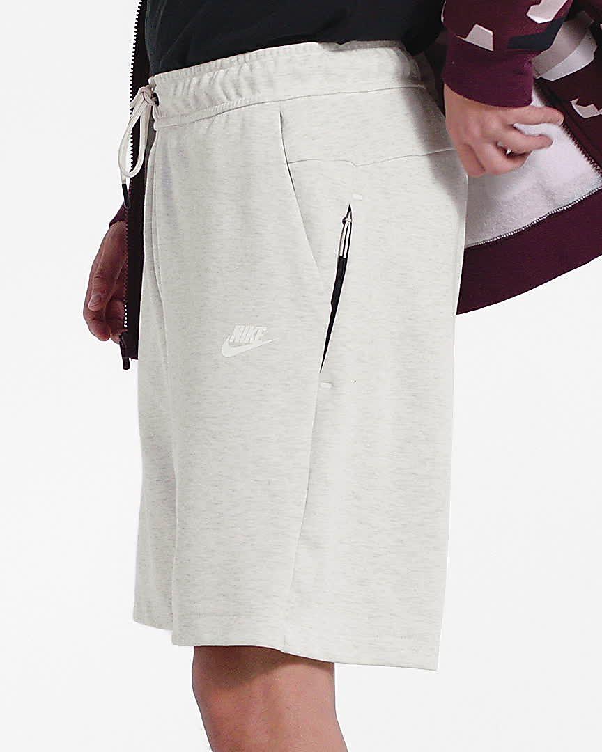 3e64d5db8e3 Nike Sportswear Tech Fleece Men's Shorts. Nike.com GB