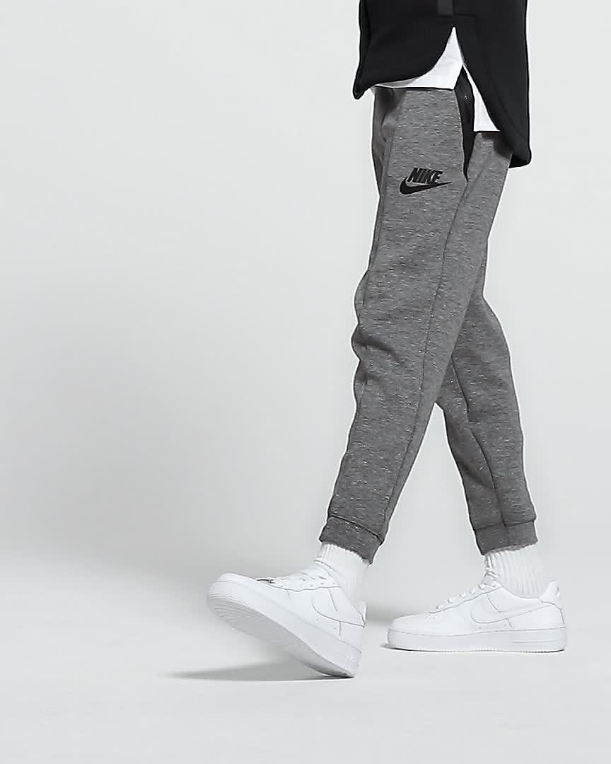 outlet store 084a4 7faab Nike Air Force 1-sko til store børn. Nike.com DK